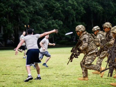 Ricketts calls in National Guard to break up Ultimate Frisbee Spring  Jamboree 5f0d4932e