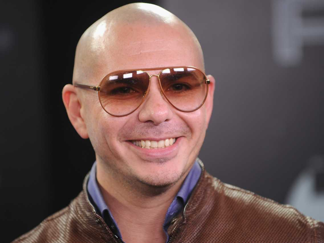 "Pitbull decides to legally change first name to ""Featuring"""